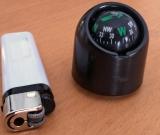 sehr kleiner ,leichter Kugel- Kompass, flüssigkeitsgedämpft